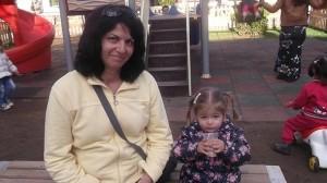 Камелия Младенова с прекрасната си дъщеричка Божидара
