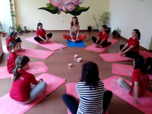 йога деца