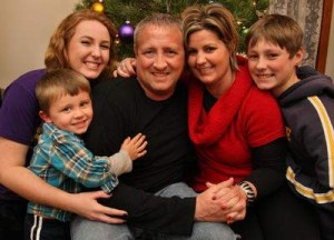 Дейвид с новото си семейство