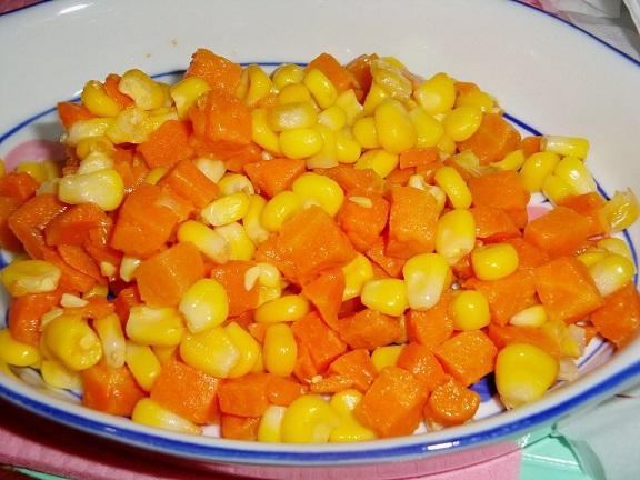 Здравословен микс: Салата с моркови и царевица