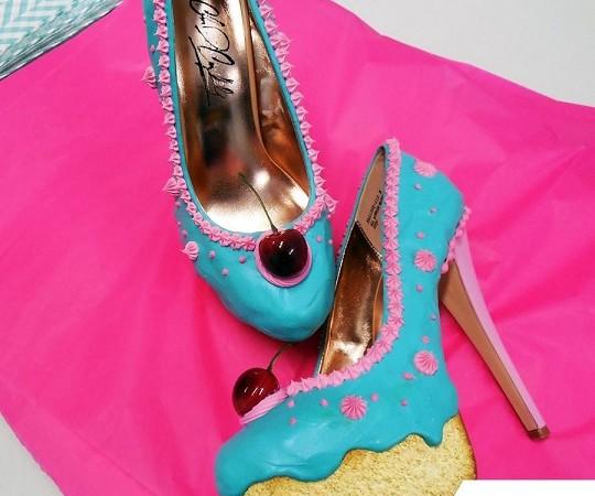 Има ли по-сладки обувки от тези?