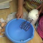 Вкусна баница, приготвена по интересен начин (ВИДЕО)