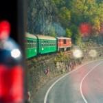 Пътуването с теснолинейка е романтично