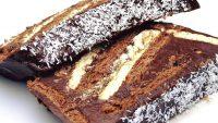 Ето така се прави нетрадиционен какаов кекс с бисквити!