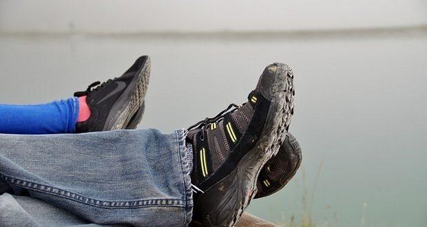 туристически обувки
